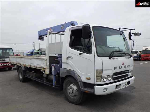 Грузовик MITSUBISHI FUSO FIGHTER с КМУ 2003 белый FK71GH
