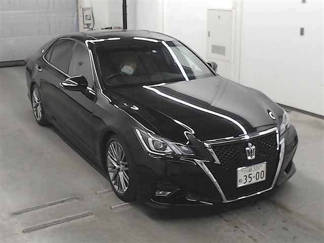 TOYOTA CROWN 2016 черный GRS214